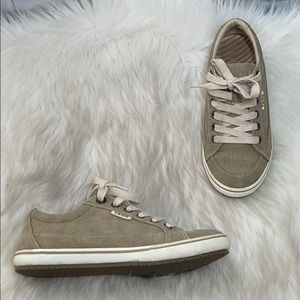 Taos Footwear Moc Star Canvas Sneakers Sz 7
